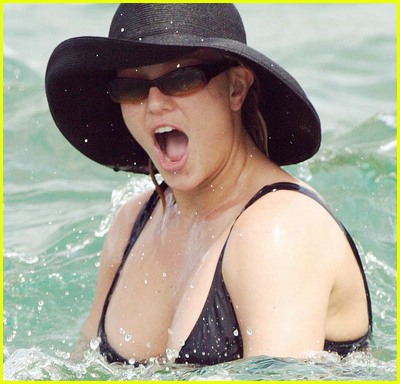 britney spears beach07