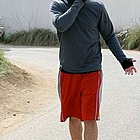 jake gyllenhaal jogging nike shox059