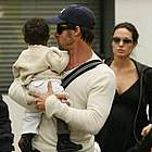 brad angelina airport04