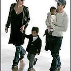 brad angelina airport21