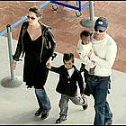 brad angelina airport23