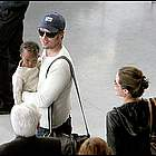 brad angelina airport47