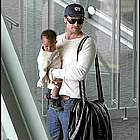 brad angelina airport55