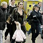 brad angelina airport65