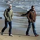 jake gyllenhaal beach08