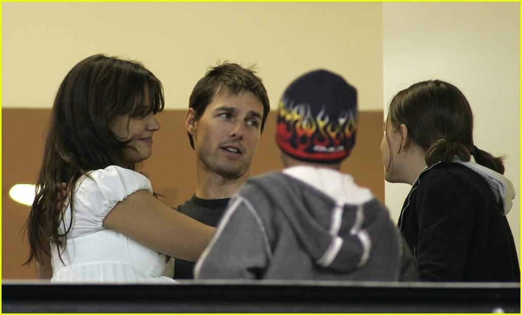 TomKat Kissing: Photo ...