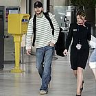 ashton kutcher airport03