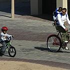 brad pitt bike ride04