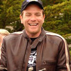 ewan mcgregor airport07