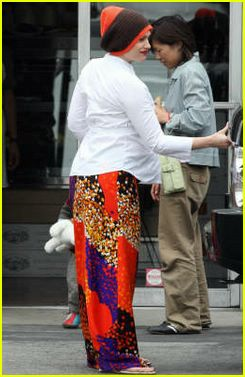 gwen stefani maternity wear27