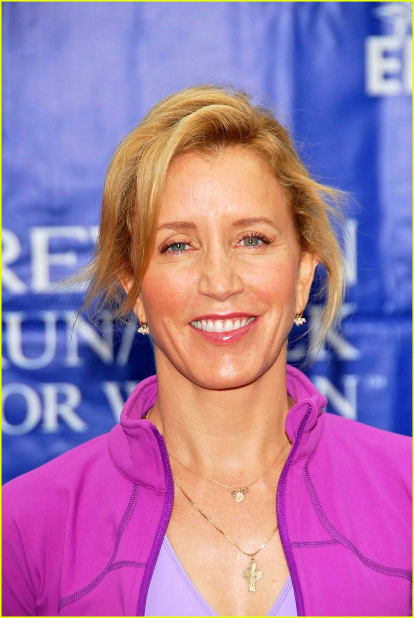 felicity huffman revlon cancer walk 2006 05