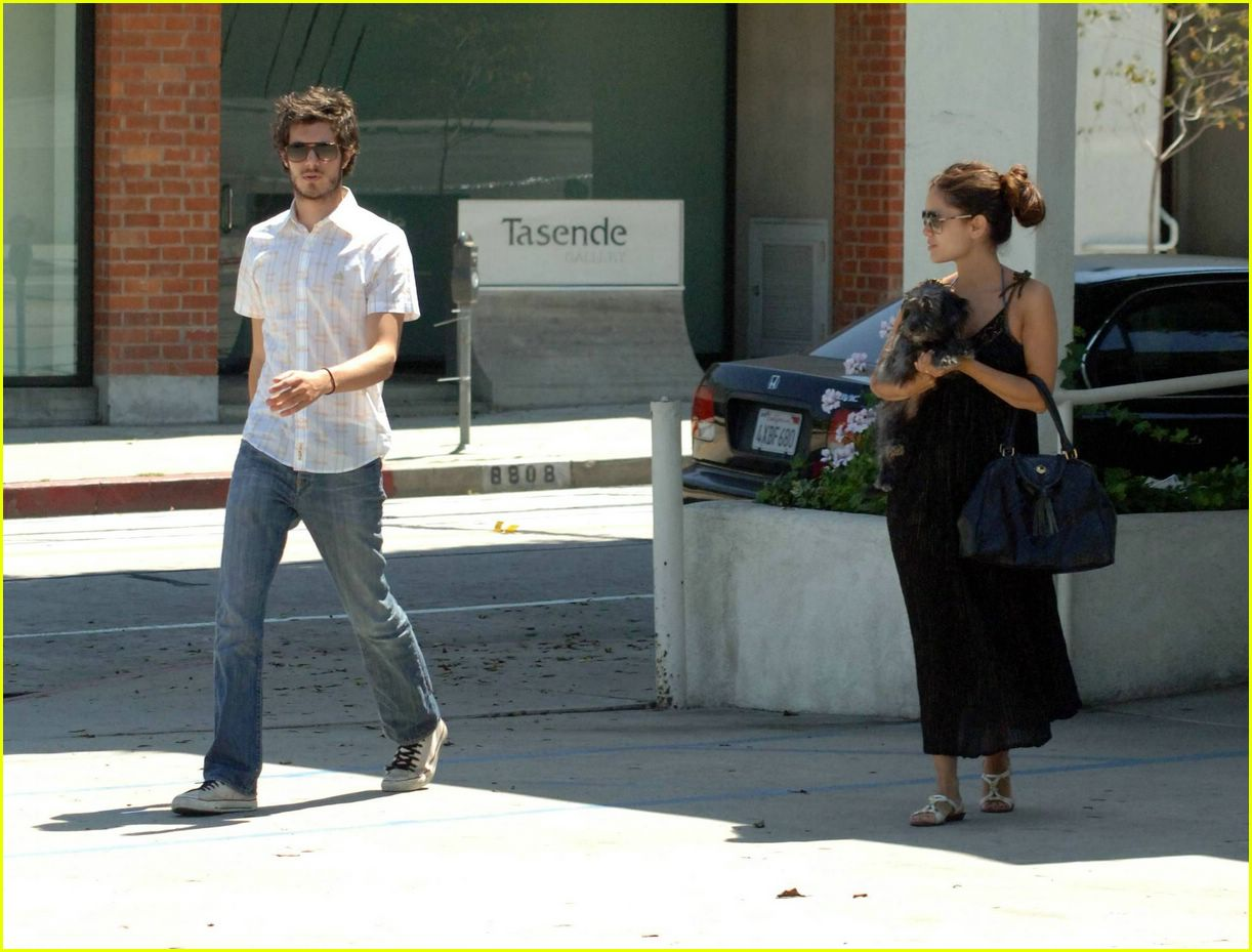 Full Sized Photo of adam brody rachel bilson vet01 | Photo 321801 ...