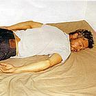 brad pitt in bed06