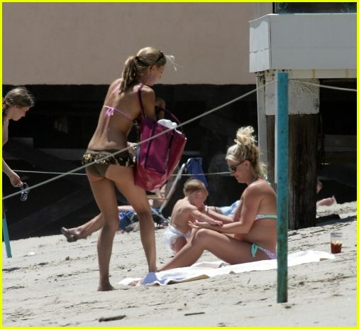 britney spears sean preston beach02