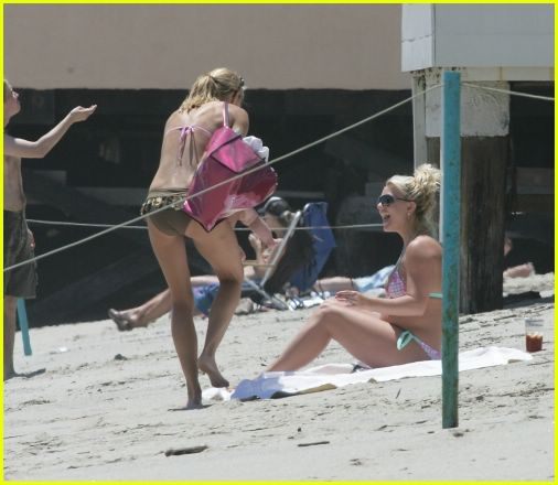 britney spears sean preston beach03