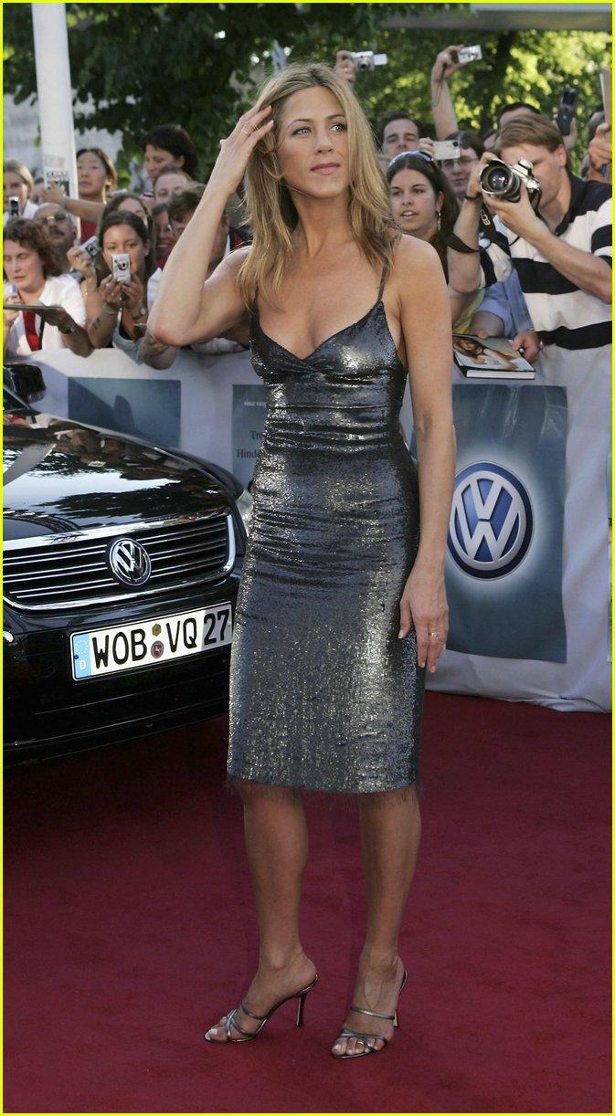jennifer aniston silver dress15319811