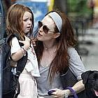 julianne moore kids27