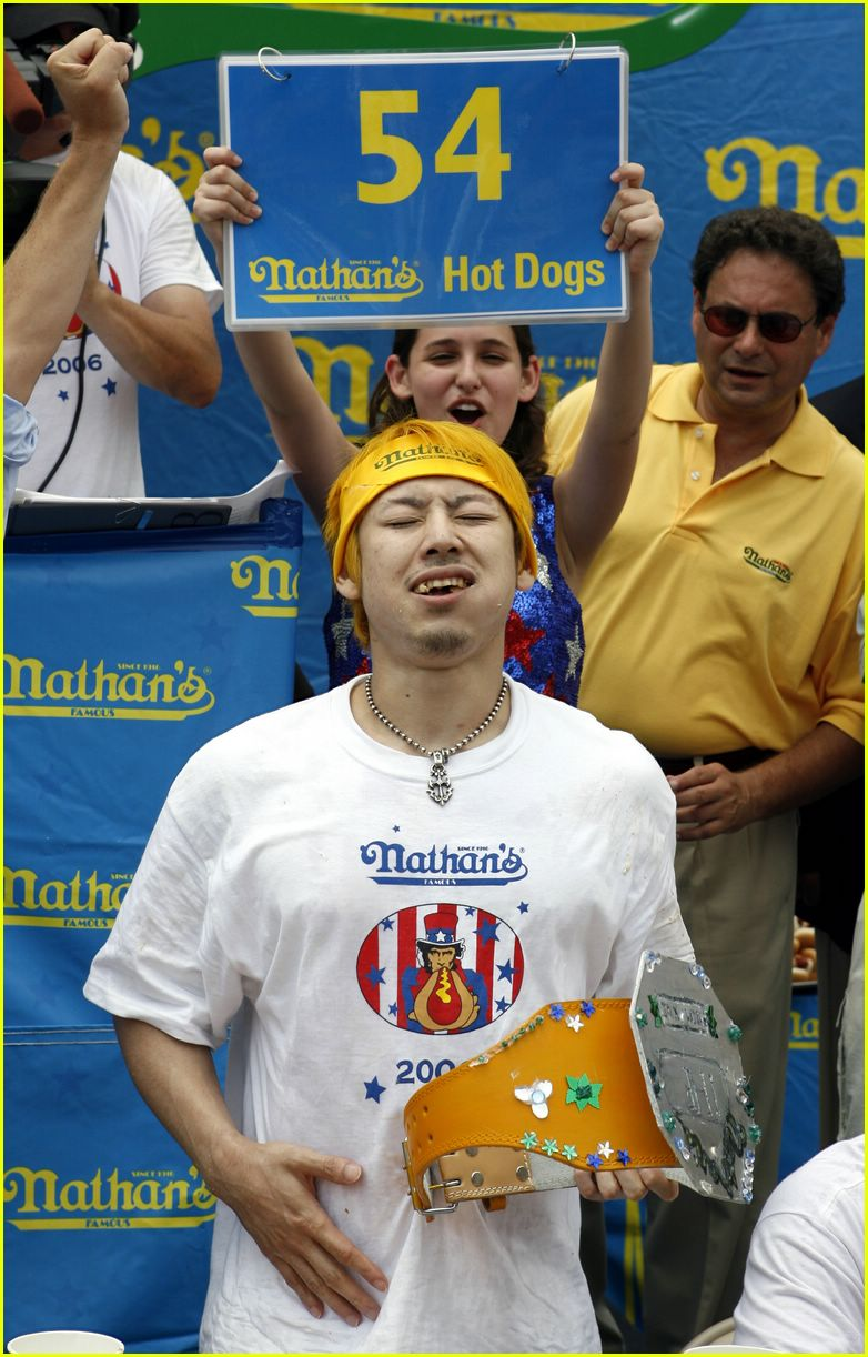 kobayashi hot dog contest03380501