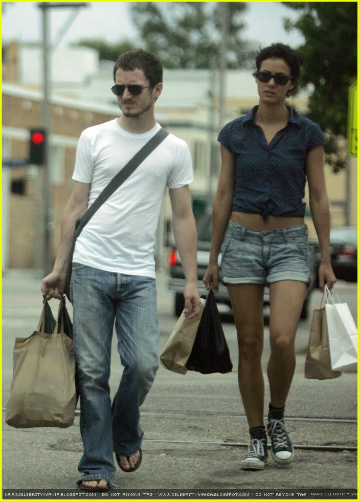 Elijah Wood Girlfriend http://www.justjared.com/photo-gallery/259211/pamela-racine-elijah-wood-01/