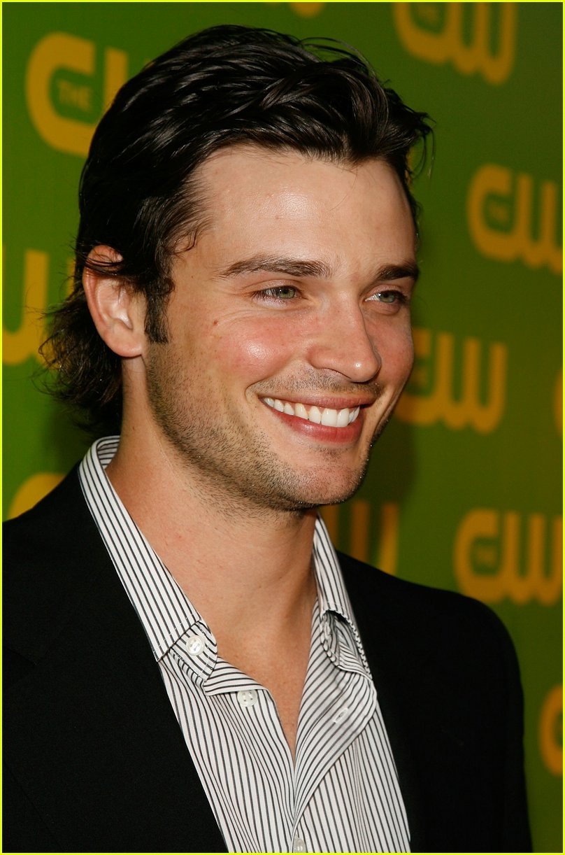 tom welling profile