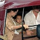 brad angelina auto rickshaw 09
