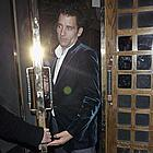 clive owen the ivy 04