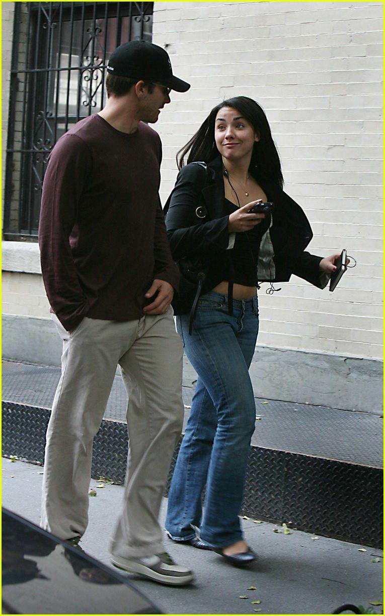 Full Sized Photo of jake gyllenhaal greta caruso 05 ... Jake Gyllenhaal Girlfriend