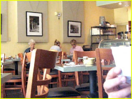 kate hudson owen wilson eating together 02