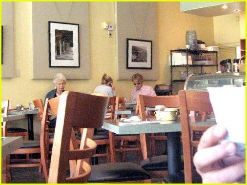 kate hudson owen wilson eating together 02