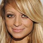 nicole richie pink party 05