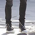 sienna miller sneakers 05