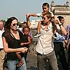 brad angelina gateway of india 03