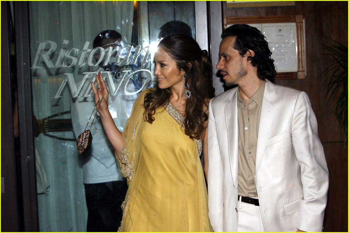 Full Sized Photo Of Jennifer Lopez Marc Anthony Holmes Wedding 03