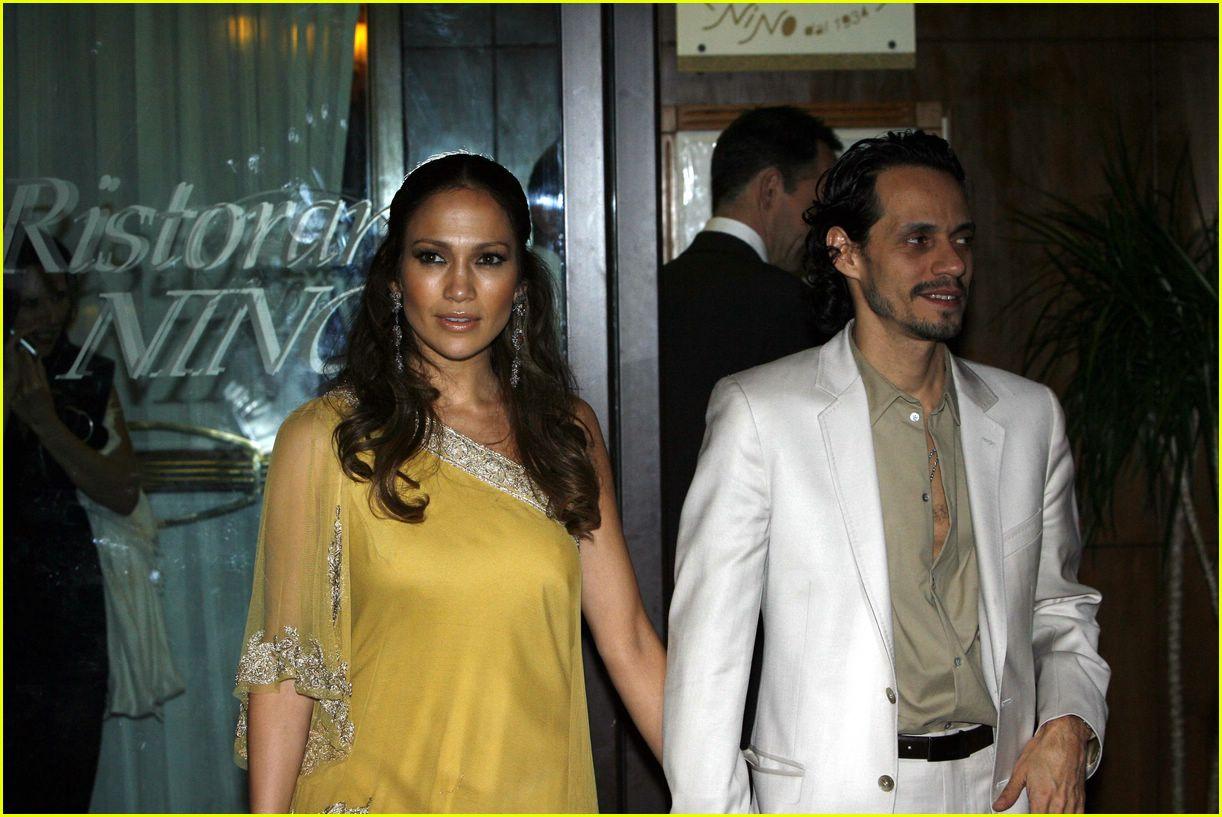 Full Sized Photo Of Jennifer Lopez Marc Anthony Holmes Wedding 05
