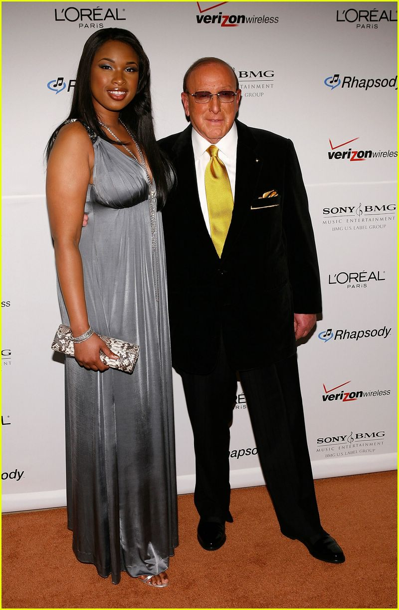 american idols clive davis grammy party 092418837