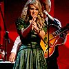 carrie underwood grammys 14