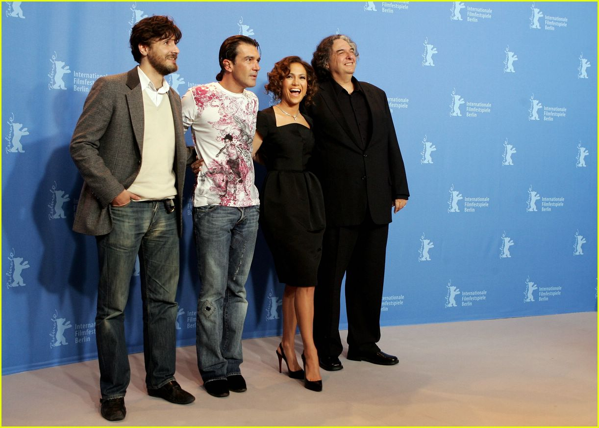 jennifer lopez berlin film festival 202418224