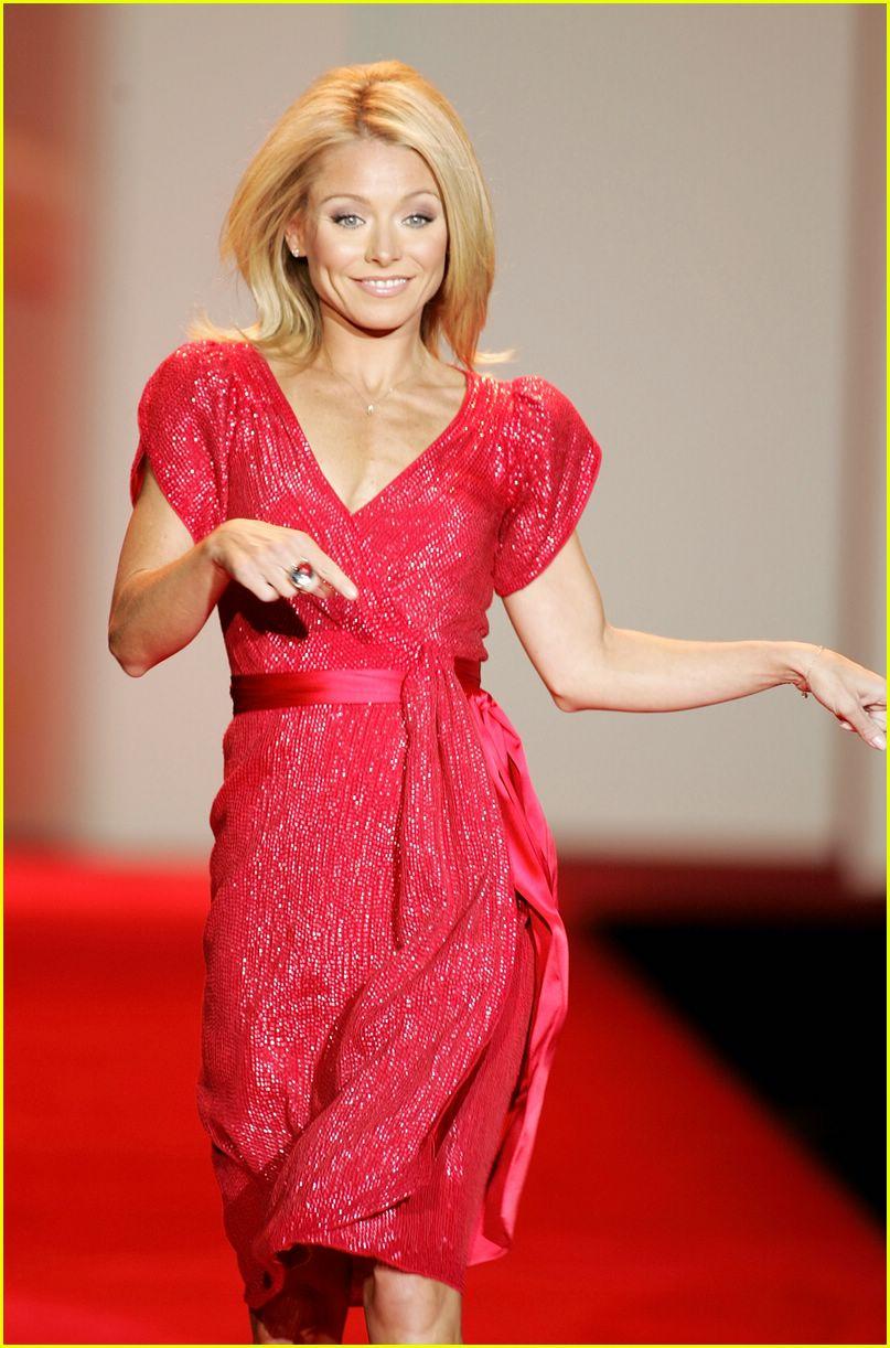red dress 2007 132419609