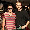 http://cdn01.cdn.justjared.comryan-reynolds-sunglasses-08.jpg