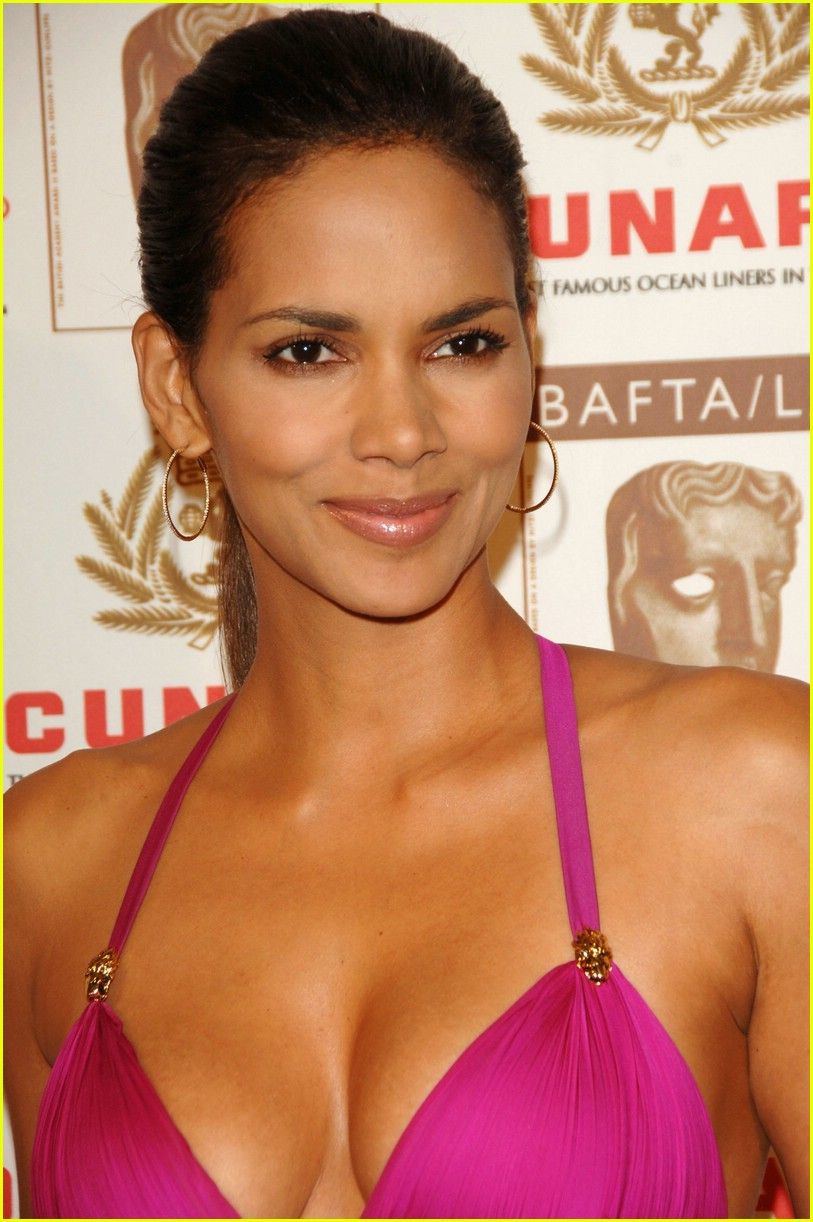 argumentative essay on plastic surgery halle berry no plastic surgery
