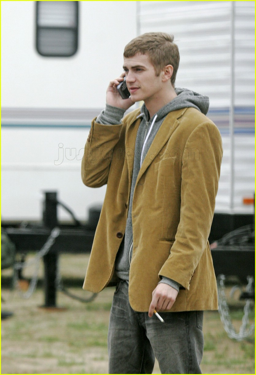 hayden christensen smoking 0866211