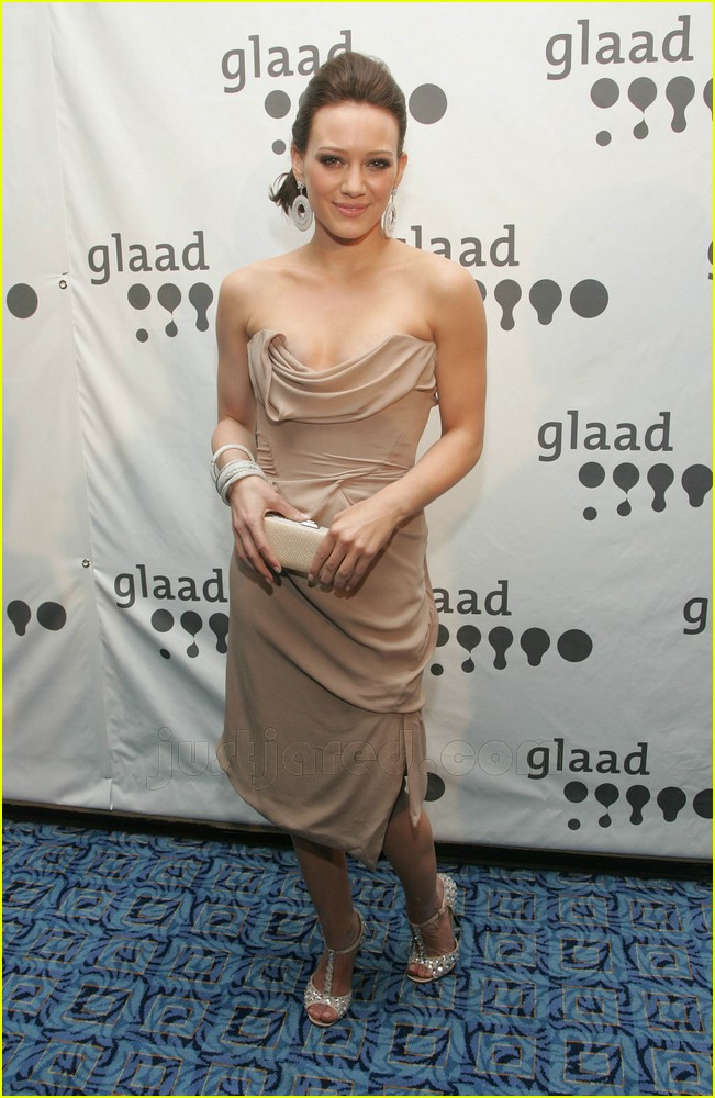 hilary duff glaad awards 0571601