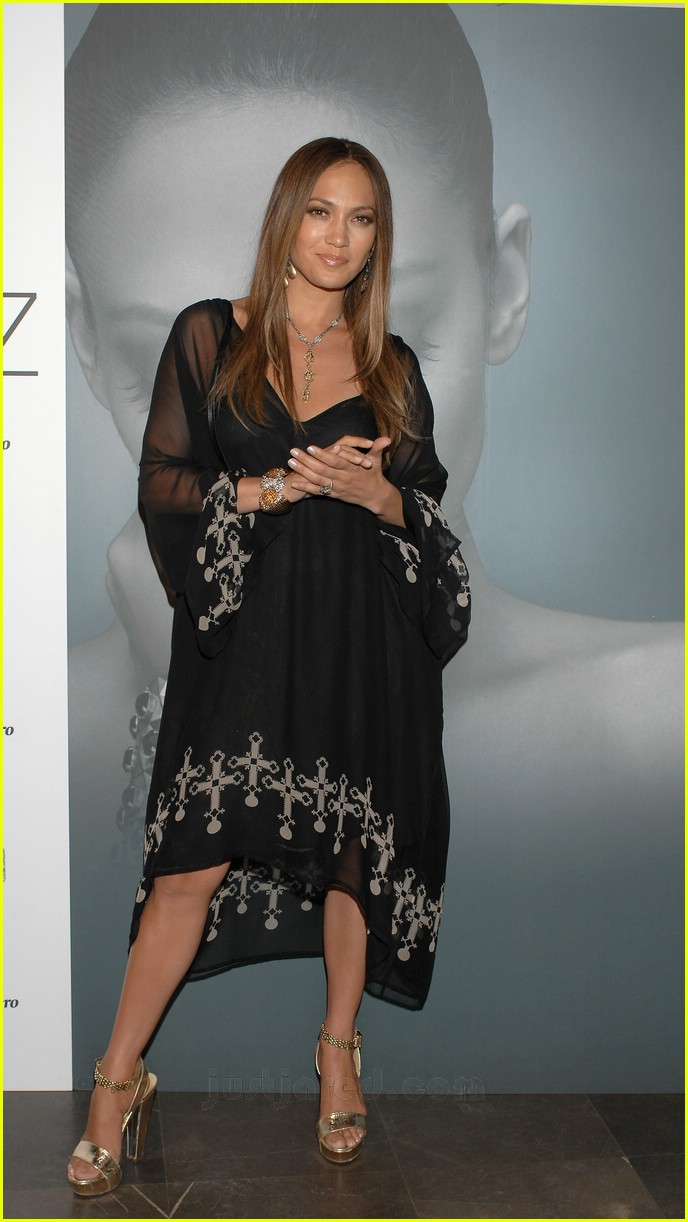 jennifer lopez celtic cross frock 21