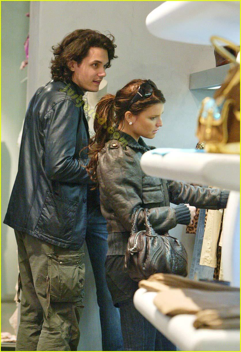 When in Rome... Do as John & Jessica Do: Photo 2415897