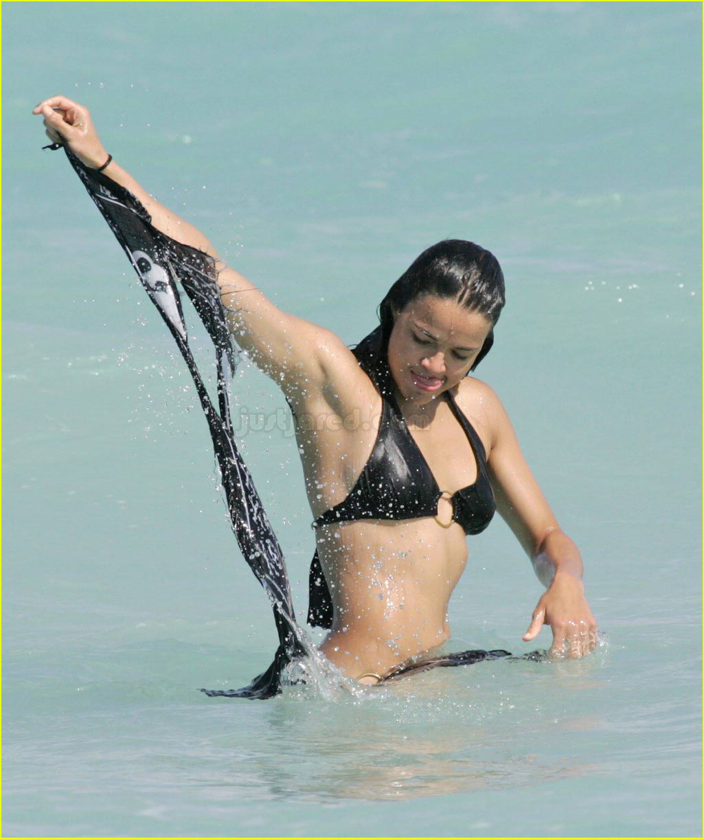 Michelle Rodriguez Shoves Seaweed Down Her Shorts: Photo
