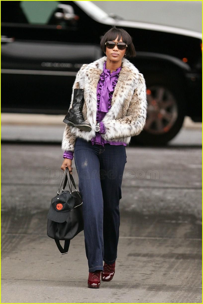 Naomi Campbell I Love Community Service Photo 2414602 Coat Fur 032414602