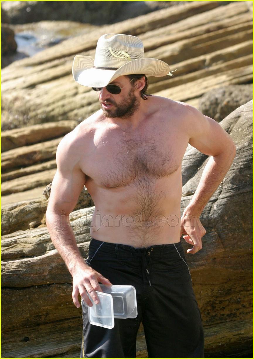 04 hugh jackman shirtless cowboy hat109081