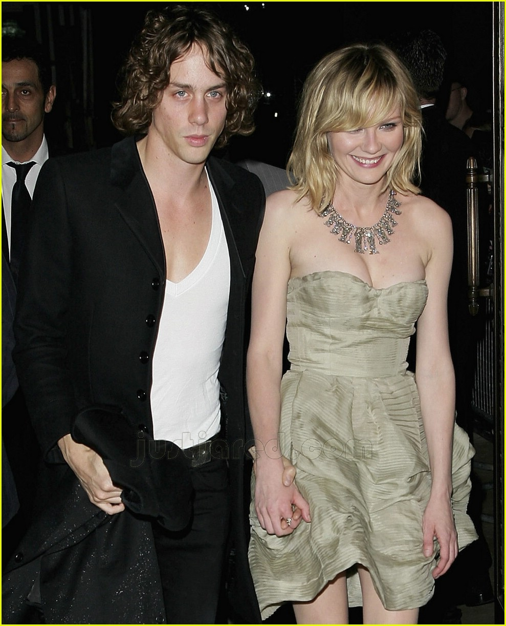 Kirsten dunst johnny borrell a couple yeeurch