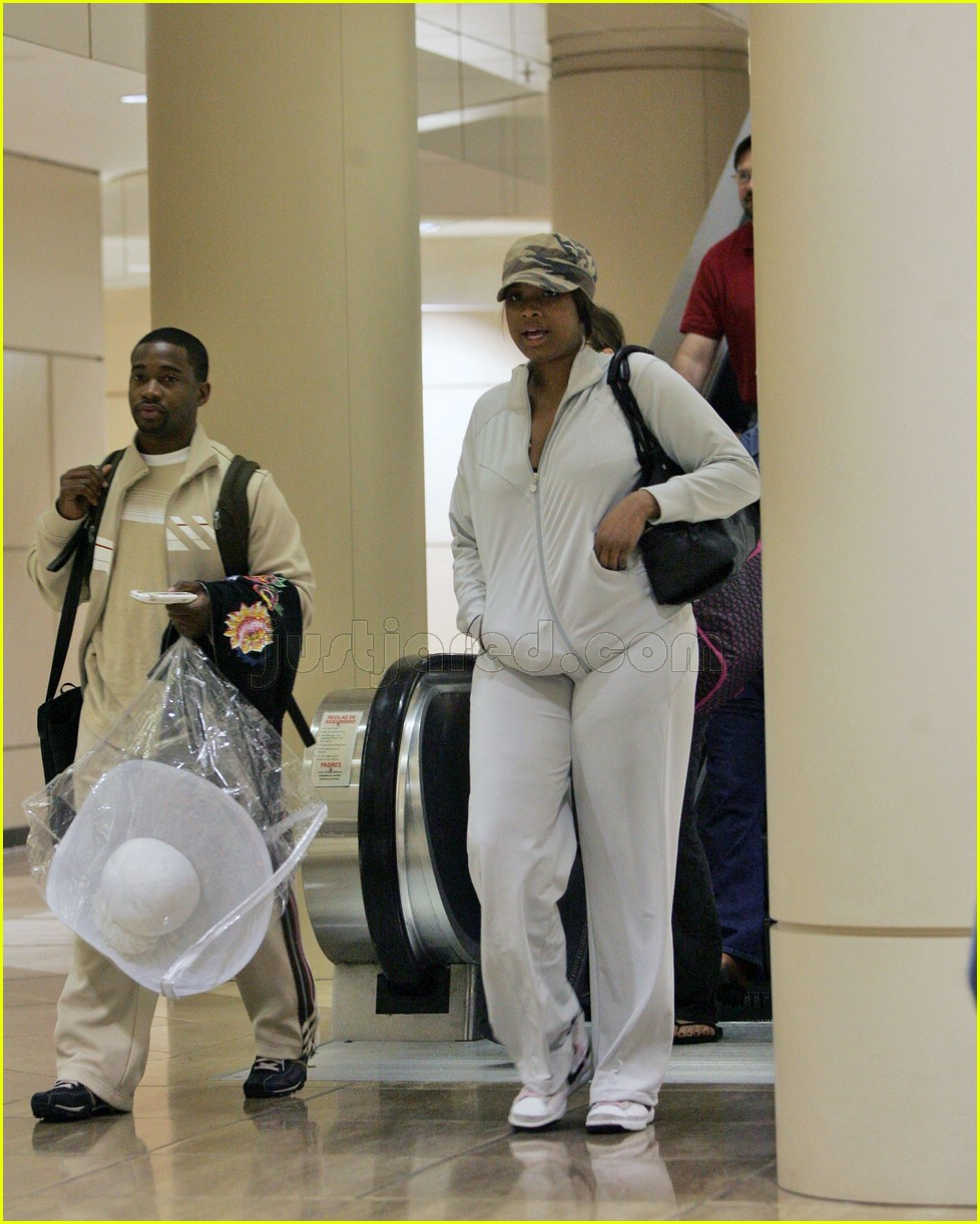 jennifer hudson easter airport 0295731