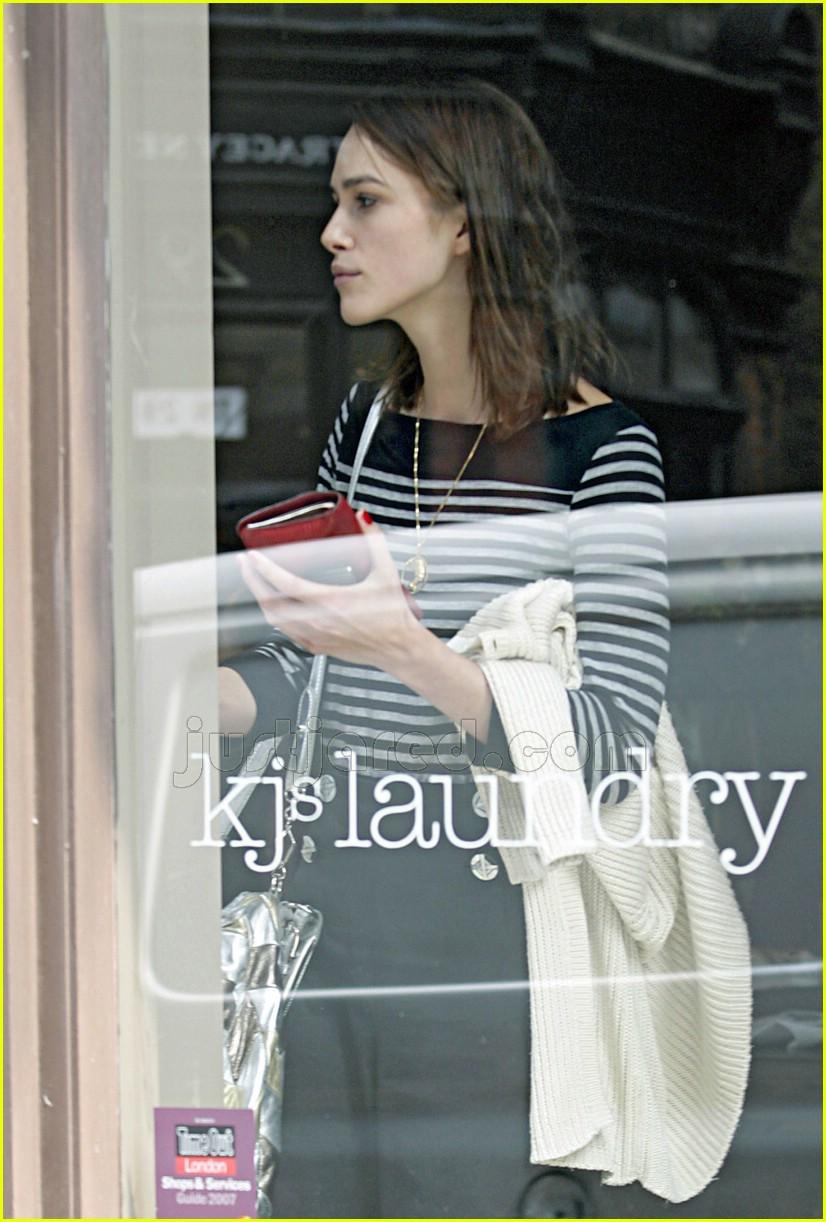 keira knightley mom jeans 01132631